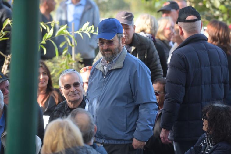 אהוד ברק בהלוויה. צילום: אבשלום ששוני