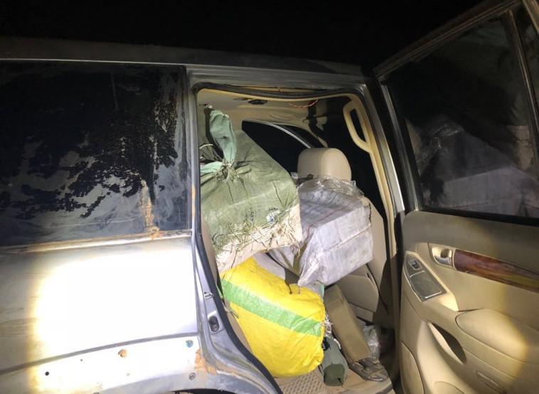 הברחת הסמים הלילה בגבול. צילום: דוברות המשטרה