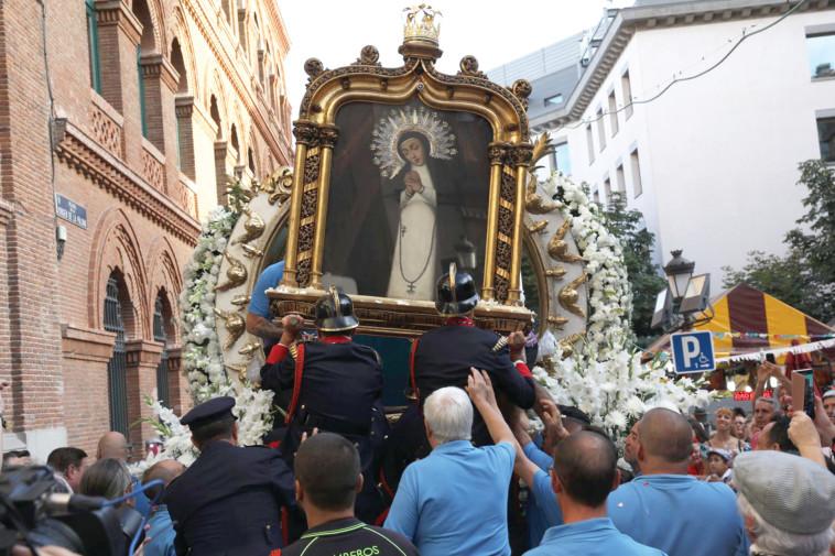 CC BY-SA 4.0  :פסטיבל הבתולה מפאלומה במדריד. צילום