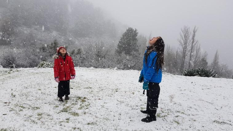 """שלג בנווה אטי""""ב. צילום: מיקי ענבר"""