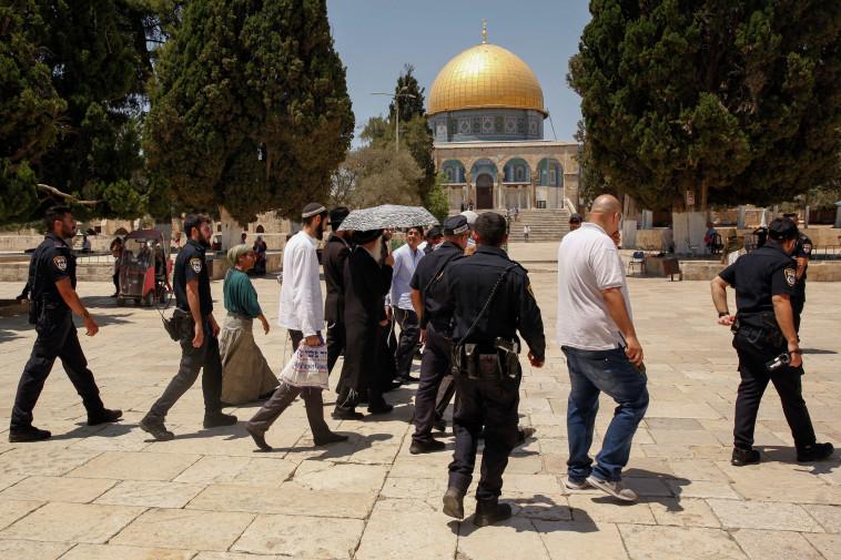 יהודים בהר הבית. צילום: סלימאן חאדר, פלאש 90