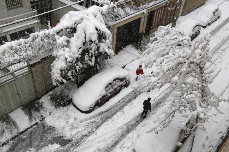 שלג באיראן. צילום: AFP
