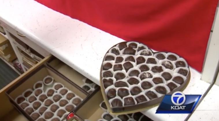 koat השוקולדים שדונה מקבלת כל שנה  בחג הכי רומנטי. צילום