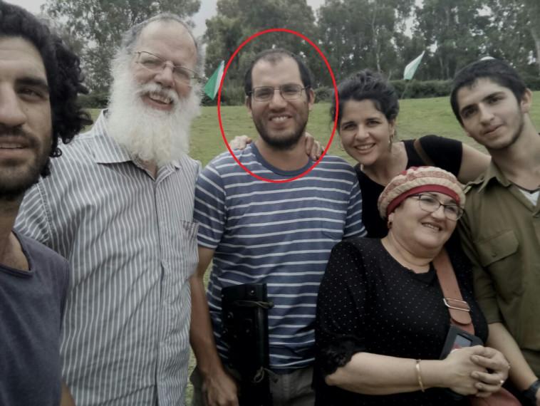 עדיאל קולמן יחד עם משפחתו, צילום: באדיבות המשפחה