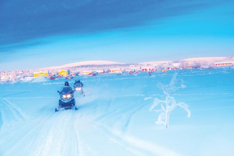 רכיבה קלה ויציבה. אופנועי שלג. צילום: ניר קידר