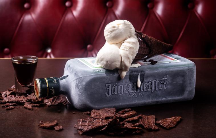 גלידת ייגרמייסטר בפורטר אנד סאנס צילום יונתן בן חיים
