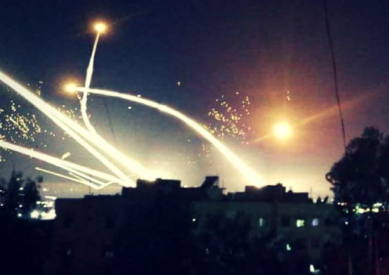 """תקיפת צה""""ל בסוריה. צילום: רשתות ערביות"""
