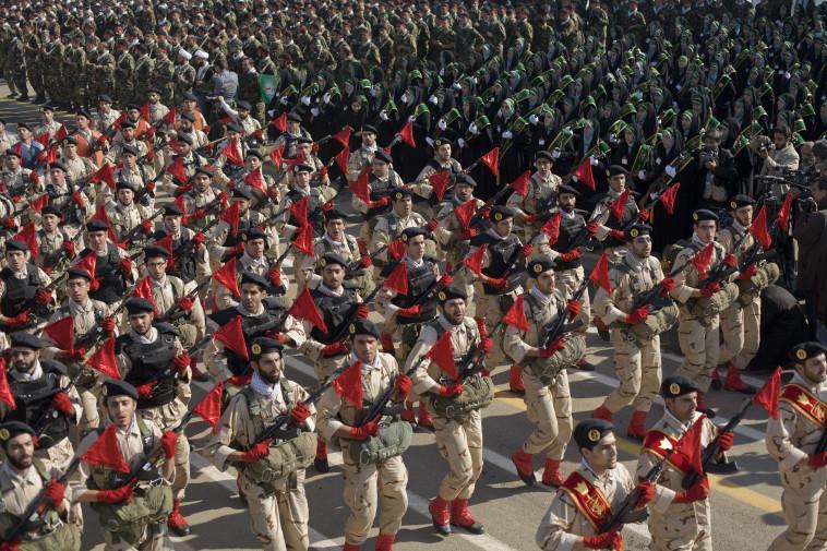 חיילי משמרות המהפכה באיראן (צילום: רויטרס)