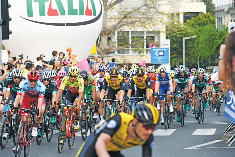 ג'ירו ד'איטליה, ערוץ הספורט, יורוספורט. צלם : אבשלום ששוני