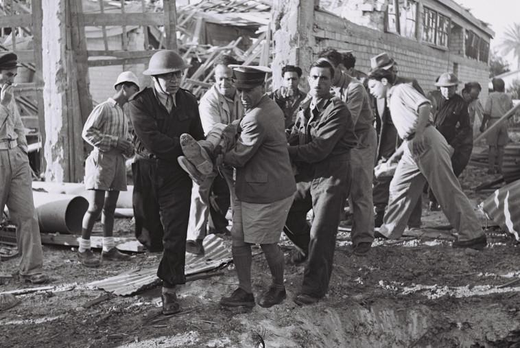 """תל אביב במלחמת העצמאות. צילום: פרנק שרשל, לע""""מ"""