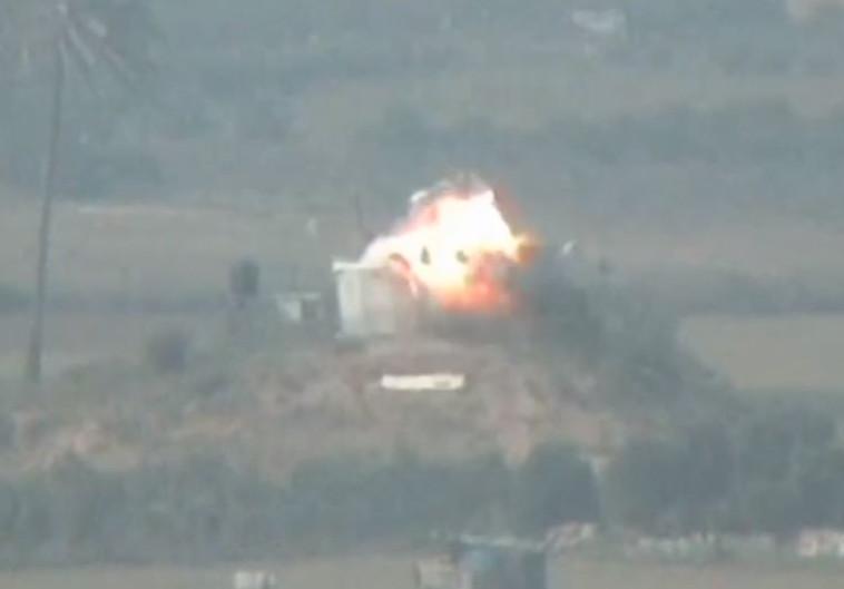 """תקיפת עמדות חמאס בתגובה לשיגור בלוני תבערה. צילום: דובר צה""""ל"""