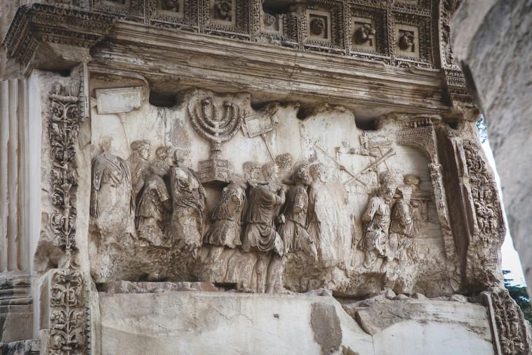 שער טיטוס ברומא (צילום: יוסי זמיר פלאש 90)
