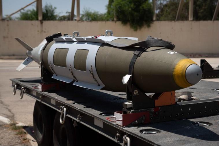 """טיל של חיל האוויר לפני תקיפה בעזה. צילום: דובר צה""""ל"""