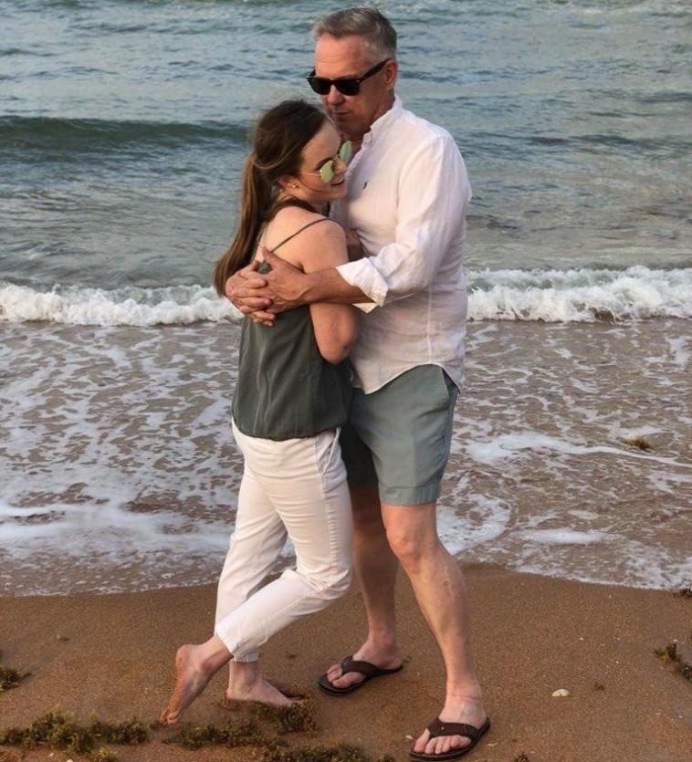נפגשו, התאהבו והתחתנו. ואן וקורטני, דרך פייסבוק