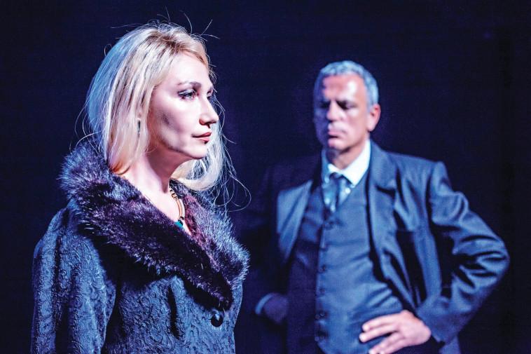 יבגניה דודינה בהצגה המלך ליר. צלם : ז'ראר אלון