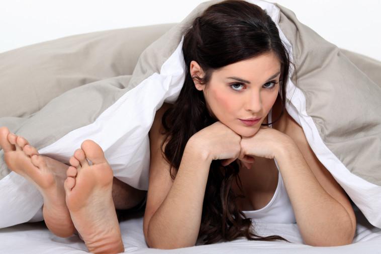 בת הזוג רוצה סקס כל יום כל היום. אילוסטרציה: אינגאימג