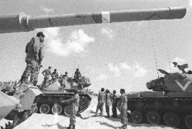 טנקים במלחמת יום כיפור (צילום: ארכיון צה''ל במשרד הביטחון)