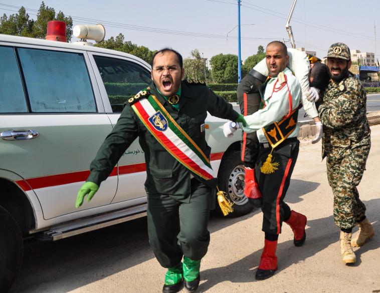 הפיגוע במצעד הצבאי באיראן. צילום: AFP
