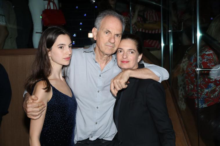איריס, אבי נשר, ותום נשר. צלם : רפי דלויה
