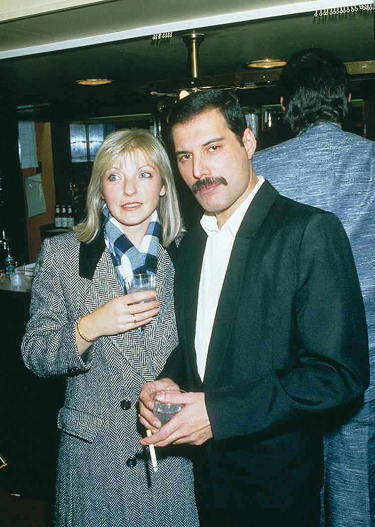 פרדי מרקורי עם מרי אוסטין. Getty images