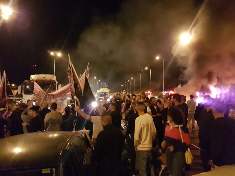 תושבי שדרות מפגינים נגד הפסקת האש. צילום: קובי ריכטר/TPS