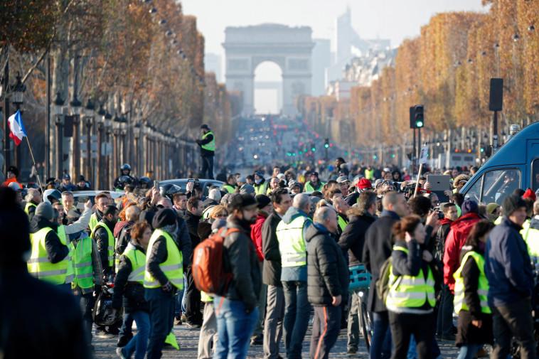 """700 נעצרו בהפגנות בסופ""""ש. צילום: רויטרס"""