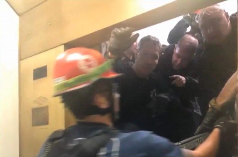 החילוץ בעיצומו. צילום מסך: חדשות סיביאס שיקגו
