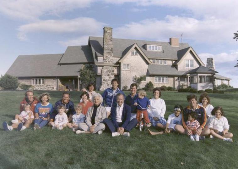 תמונה משפחתית. משפחת בוש. צילום: רויטרס