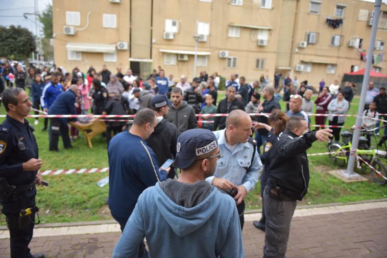 זירת הרצח בעכו. צילום: דוברות המשטרה