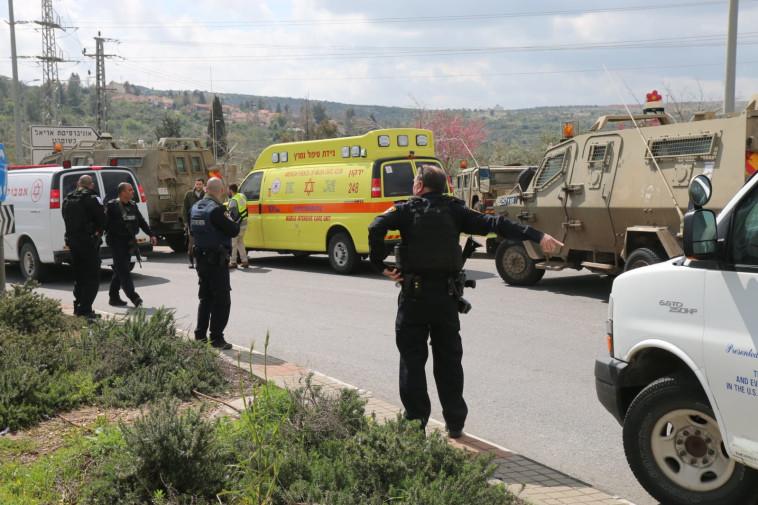 זירת הפיגוע בצומת אריאל. צילום: איתן שוייבר/TPS
