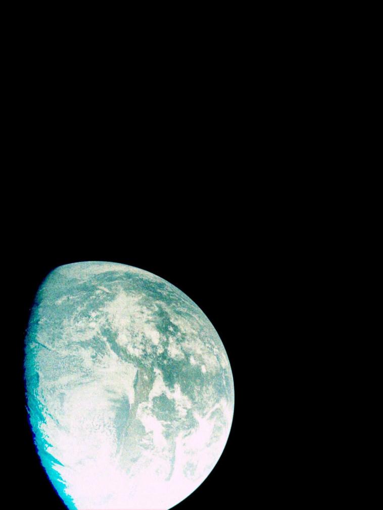 כדור הארץ כפי שהחללית בראשית רואה אותו (צילום: בראשית)