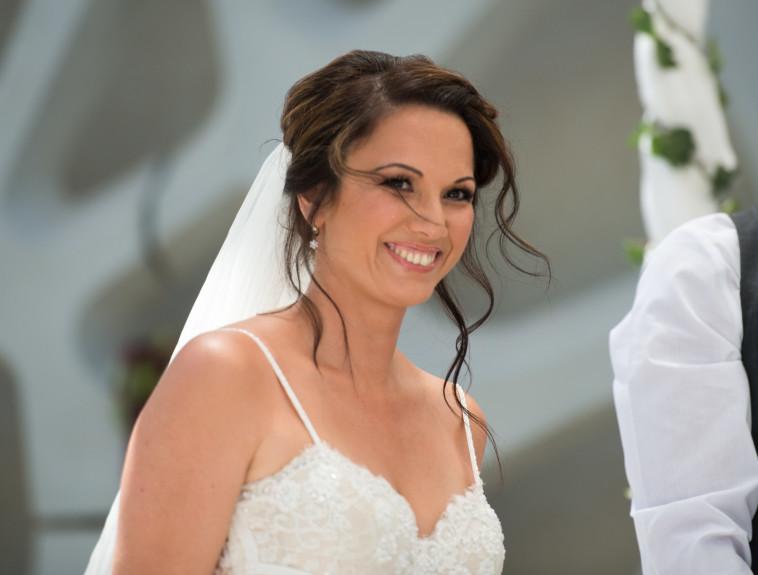 התחתנתי בזכות 'חתונה ממבט ראשון' ואני נשואה כבר חצי שנה, רלי נלוי. צילום מסך