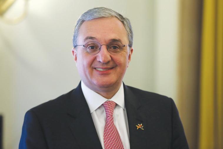 שר החוץ הארמני זורהב מנצאקאניאן . צילום: יוסי מלמן