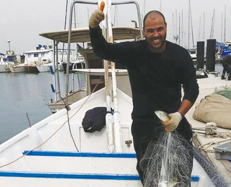 מחמוד זינב, דייג מיפו (צילום: משה כהן)