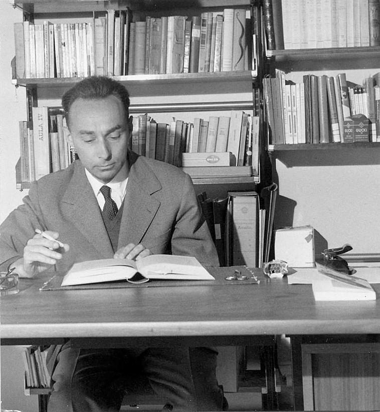 פרימו לוי.  ויקיפדיה