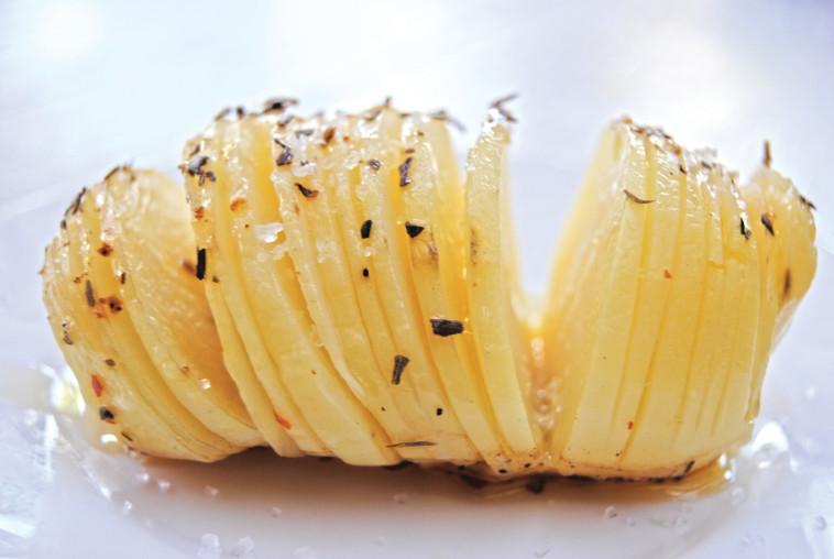 3 דרכים מעניינות להכין תפוח אדמה הרחק מהעשן
