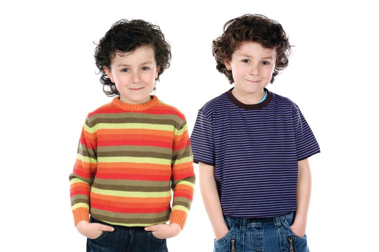 האם כדאי שתאומים ילמדו יחד בכיתה א'? מיכל דליות מייעצת