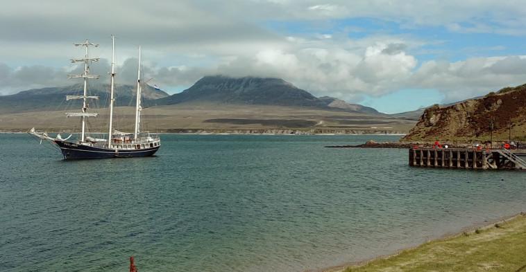 האי איילה בסקוטלנד (צילום: אורי לוצקי)