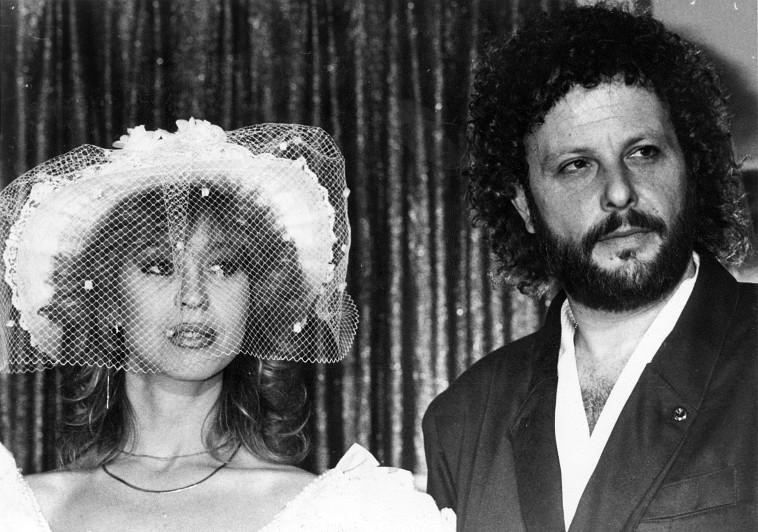 שנת 1986 אריק סיני וטלי ריקליס חתונה. צלם : אורי קובה