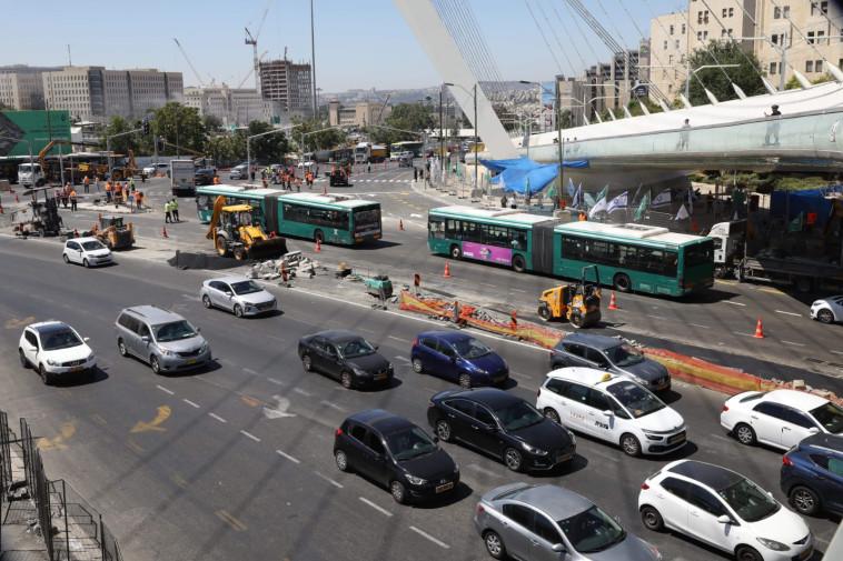 חסימת הכניסה לירושלים. צילום: מרק ישראל סלם