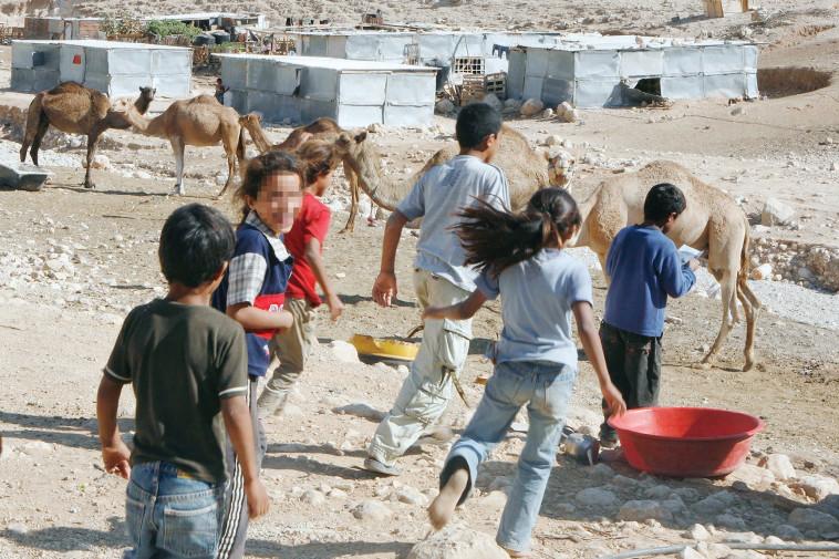 ילדים בדואים (צילום: נתי שוחט, פלאש 90)