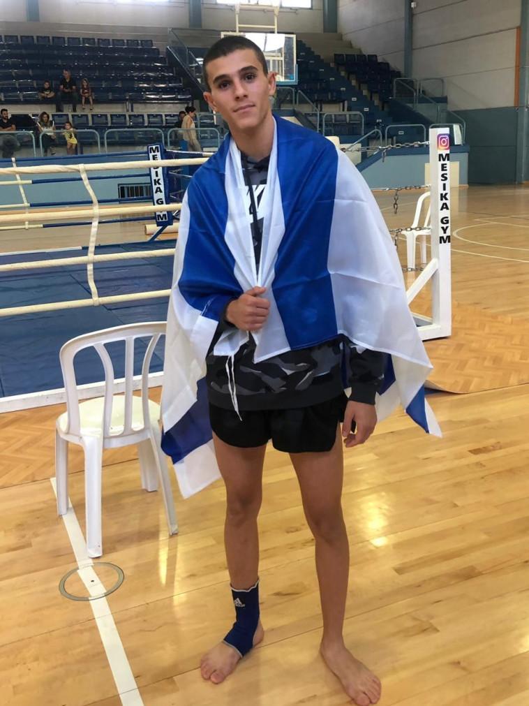 עמית ווגן לאחר תחרות באגרוף תאילנדי. צילום: התאחדות אילת