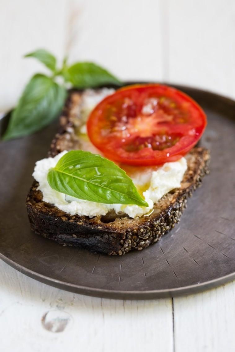 לחם ללא גלוטן (צילום: לימור לניאדו תירוש)