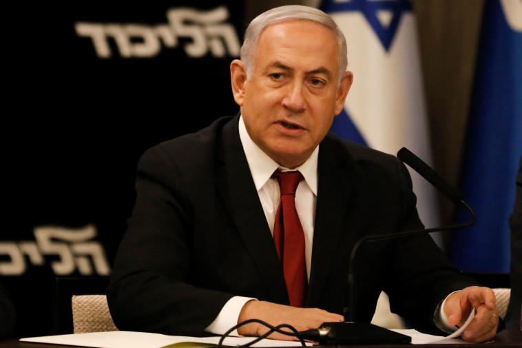 """""""נתניהו לא מפסיק לשקר, ורואים עליו את הלחץ"""". צלם : AFP"""