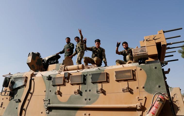 לוחמים כורדים בצפון סוריה. צילום: רויטרס