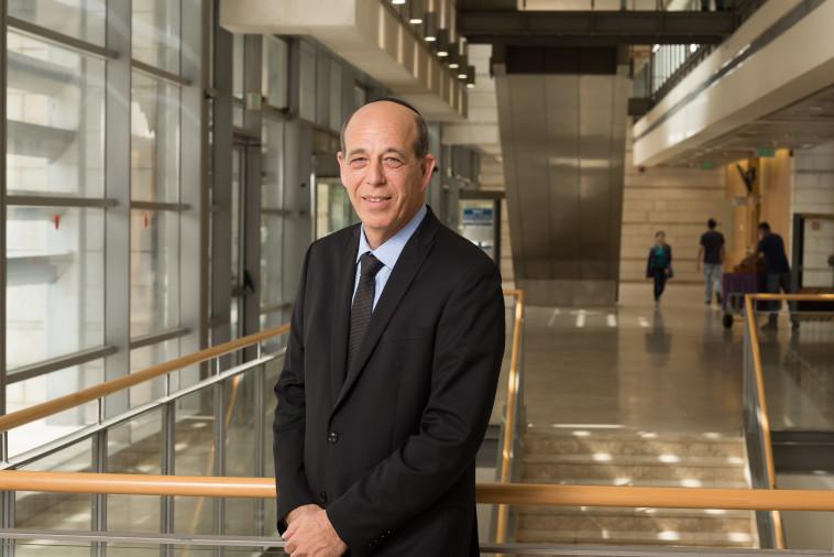 פרופ' אריה צבן, נשיא אוניברסיטת בר-אילן