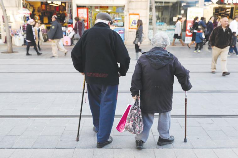 תמונת המחשה קשישים (צילום: נתי שוחט, פלאש 90)