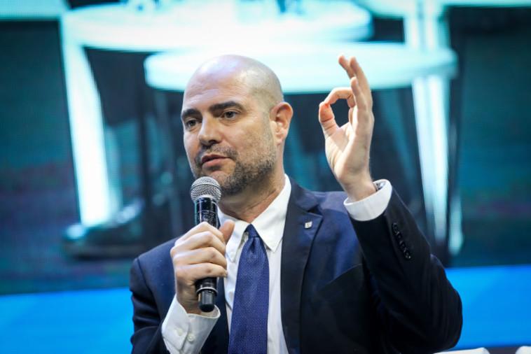 אמיר אוחנה (צילום: יונתן זינדל, פלאש 90)