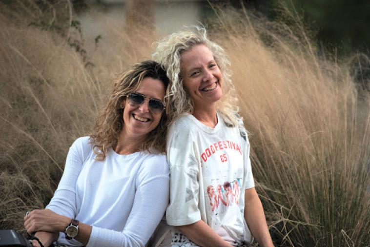 איריס שפירא-כהן (מימין) ומיכל סלע. צילום: קרן וינטראוב