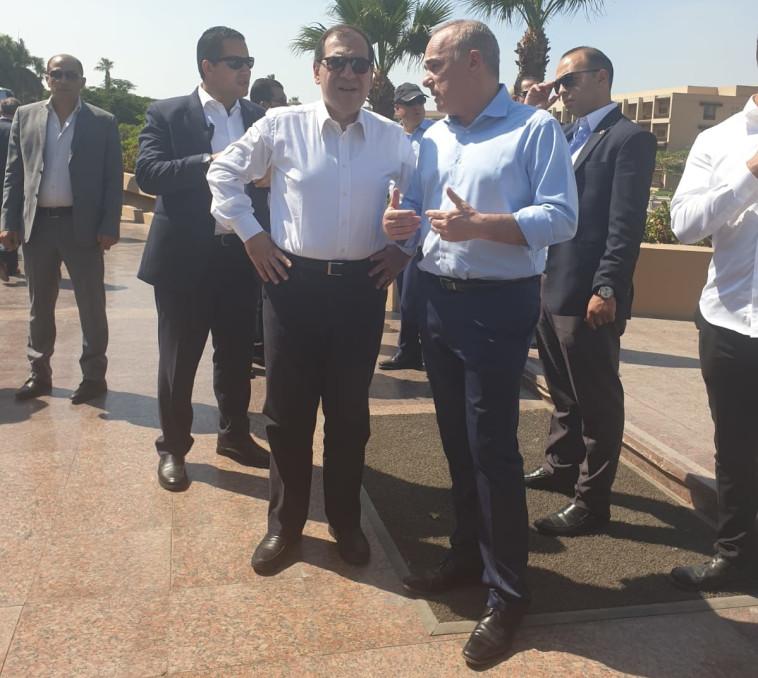 שרי האנרגיה של ישראל ומצרים, שטייניץ ואל מולא. צילום: דוברות שר האנרגיה